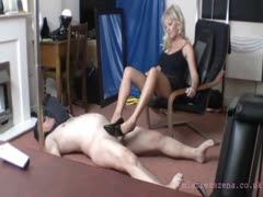 Mistress Zenna Ball Busting