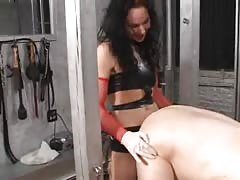 Mistress Trish strapon fuck a man