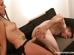 Babe strapon fuck her BF