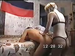 Short-haired blonde pegs sub man in doggy pose